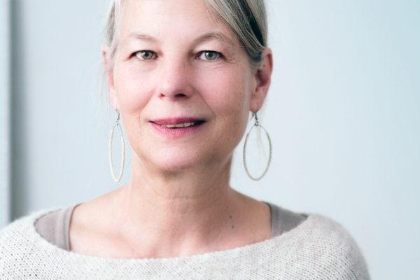 白髪の原因と改善法